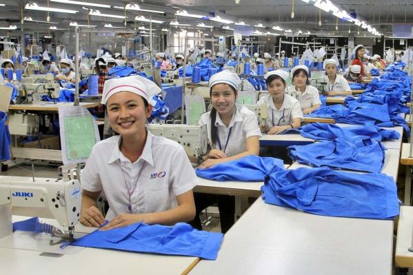 cong-nhan-nganh-may-vie%cc%a3t-nam