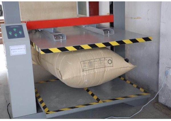 thử nghiệm chịu tải túi khí chèn hàng.jpg